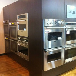 Rockville Showroom - We have a wide selections of ovens, single,double and all brands.