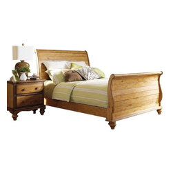 Hillsdale Furniture - Hillsdale Hamptons 4-Piece Sleigh Bedroom Set in Weathered Pine - Queen - Rich in quality and design, Hillsdale Furniture's Hamptons bedroom collection boasts a dynamic weathered pine finish that accentuates the cozy cottage feel. The graceful lines of the sleigh bed are enhanced by a planked design, while classic bun feet and a scalloped base on the case pieces add a traditional charm that will work with many home decors. Case pieces include: nightstand, dresser, mirror, chest, or TV chest. Solid pine construction. Assembly required.