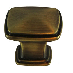 GlideRite - GlideRite 1.25-inch Antique Brass Square Deco Cabinet Knobs (Case of 25) - Update your kitchen cabinets or bathroom vanities with these beautiful deco cabinet knobs. These solid die-cast zinc alloy knobs come in a case of 25 and include installation screws.