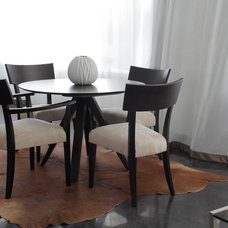Contemporary Dining Tables by Simcolifestyle
