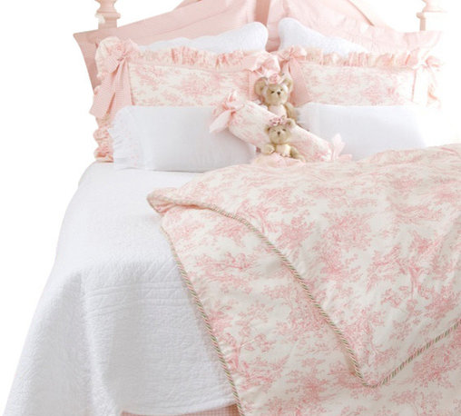 Glenna Jean - Isabella Toile Duvet Cover Full/Queen - The Isabella Duvet Cover by Glenna Jean will make a great addition to any girl's room. This gorgeous toile duvet cover is available in a Twin and Full/Queen size.