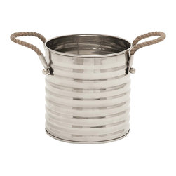 ecWorld - San Francisco Stainless Steel Wine Bucket with Rope Handles - Entertain in style with the San Francisco Wine Bucket Cooler. Bottles of wine, water, beer and other beverages stay deliciously chilled at parties and gatherings. The classic style, high-polished metal and sleek, clean lines are sure to lend sophistication to your bar or tabletop.