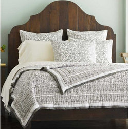 VivaTerra - Taupe Chain Border Bedding - Global style is in, and this hand-blocked bedding from India is a great way to introduce it to your home.