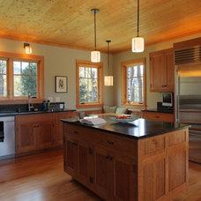 Contemporary Kitchen by Joan Heaton Architects