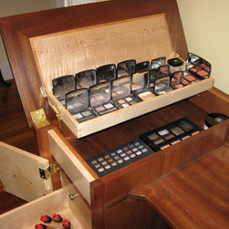 Custom Make-up Vanity - The tray within a tray concept provides ample storage as well as easy separation and access to your different size compacts,