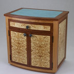 Veneered cabinet with colored lacquer top - Michael Harrigan