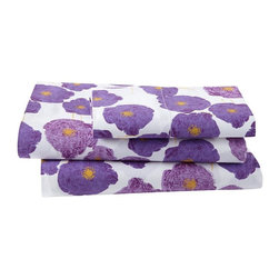 Poppy Sheet Set - This poppy sheet set is an abstract take on a favorite flower. Because it is a bold print, I'd pair it with a white or light pink duvet.