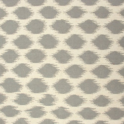 Jaipur Rugs - Flat-Weave Tribal Pattern Wool Ivory/Gray Area Rug (8 x 10) - An array of simple flat weave designs in 100% wool - from simple modern geometrics to stripes and Ikats. Colors look modern and fresh and very contemporary.