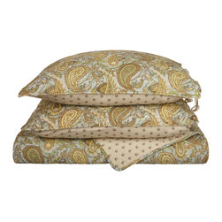 "Moroccan Paisley Quilt Set Cotton, Full/Queen - Made from 100% cotton Moroccan Paisley Quilt Set features a classic paisley design originating from ancient India. This piece of history, while being visually attractive, also provides amazing comfort and aids in achieving a satisfying sleep. Set includes one quilt 88""x92"" and two pillowshams 20""x26"" each."
