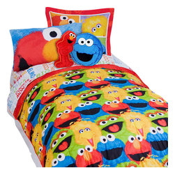 Store51 LLC - Sesame Street Elmo Chalk 5-Piece Elmo Twin Bed-in-a-Bag Set - Features:
