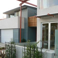 Modern Exterior by Stephen Dalton Architects