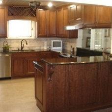 Contemporary Kitchen by Linn's Prestige Kitchens & Kay's Prestige Kitchens