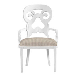 Stanley Furniture - Coastal Living Cottage-Wayfarer Arm Chair - Named for the travelers who made their way from town to town in search of respite, this cozy arm chair wraps around you like a welcoming summer breeze.