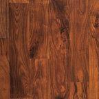 Old World Chisel - Golden Topaz - Heritage Woodcraft Old World Chisel floors by simpleFLOORS