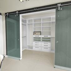 Modern  by Armadi Closets