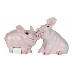 WL - 3 Inch Pair of Safari Pigs Salt and Pepper Shakers Set Kitchenware - This gorgeous 3 Inch Pair of Safari Pigs Salt and Pepper Shakers Set Kitchenware has the finest details and highest quality you will find anywhere! 3 Inch Pair of Safari Pigs Salt and Pepper Shakers Set Kitchenware is truly remarkable.
