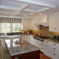 Traditional Kitchen by Nordy's Construction, Inc.