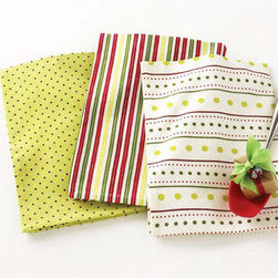 Christmas Stripes & Dots Dishtowels - Set of 3 - Cleaning up in the holidays doesn't have to be a drag. Up the cheer factor in the kitchen with this set of three Christmas Stripes & Dots Dishtowels, and you'll find yourself whistling while you clear the table and dry the dishes. Falalalala!