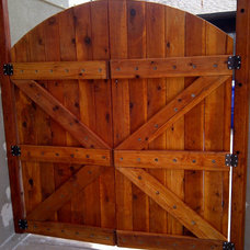 Modern Home Fencing And Gates by BB Custom Redwood