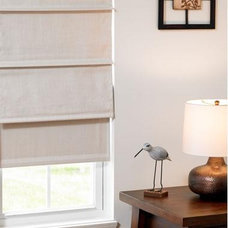 Traditional Roman Shades Cordless Roman Shade, White