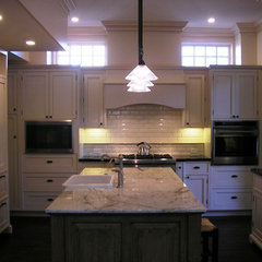 traditional kitchen by Design Moe Kitchen &amp; Bath / Heather Moe designer