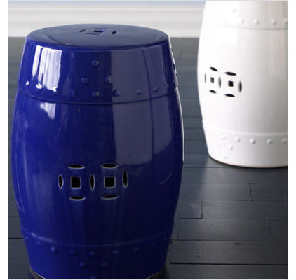 Modern Accent And Garden Stools by iamsl.net