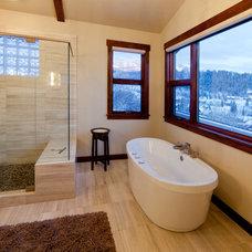 Contemporary Bathroom by Kelly & Stone Architects
