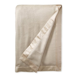 Raeshmi by Silk Story - Pure Silk Fleece Blanket, Creamy Latte, Full/Queen - Our luxurious silk blanket uses pure mulberry silk in both warp and weft yarns (many silk blankets bury polyester yarns in the warp). The result is a subtle silken sheen and cashmere-soft hand, and the assurance of silk's natural allergy-free quality.