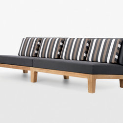 Contemporary Outdoor Sofas -