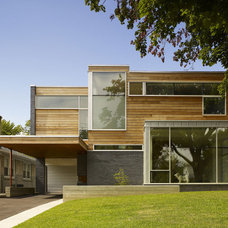 House at Evergreen Gardens : DMArchitects