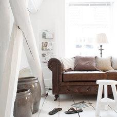 Modern Furniture by Studio Nest I Interior Design & Styling