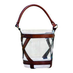 Winston Ice Bucket - Our Winston Ice Bucket is for those with classic taste. The cognac leather is hand finished using the traditional craftsmanship rarely seen nowadays. Truly a one of a kind piece, perfect for your finest wines and spirits!