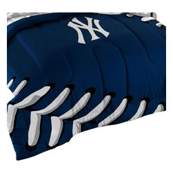 The Northwest Company - 3 Piece MLB New York Yankees NY Twin/Full Bed Comforter Set - Features: