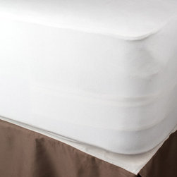 Christopher Knight Home - Christopher Knight Home Smooth Organic Cotton Waterproof Full-size Mattress Pad - Increase the life of your mattress with this protective mattress pad from Christopher Knight. The waterproof mattress pad features an elasticized snug fit to keep it from shifting, double-stitched seams for added durability, and 18-inch deep pockets.