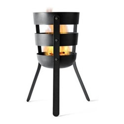 Menu Fire Basket by Norm Architects - Fire Basket is the newest member of the outdoor family and it is SO ready to go outdoors! Fill it with firewood and surround it with good times. This nice little mobile fireplace is up for going pretty much anywhere. We do recommend a steady and fireproof foundation and normal safety precautions around fire, but besides that you can take it to the beach, the garden, the terrace or to the BBQ party next door. Wherever you take it, it's certain to cozy up the atmosphere.