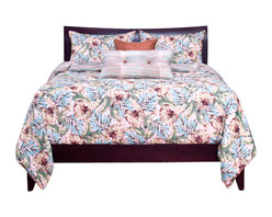 SIS Covers - SIS Covers Panama Beach Duvet Set - 6 Piece Queen Duvet Set - 5 Piece Twin Duvet Set Duvet 67x88, 1 Std Sham 26x20, 1 16x16 dec pillow, 1 26x14 dec pillow. 6 Piece Full Duvet Set Duvet 86x88, 2 Std Shams 26x20, 1 16x16 dec pillow, 1 26x14 dec pillow. 6 Piece Queen Duvet Set Duvet 94x98, 2 Qn Shams 30x20, 1 16x16 dec pillow, 1 26x14 dec pillow. 6 Piece California King Duvet Set Duvet 104x100, 2 Kg Shams 36x20, 1 16x16 dec pillow, 1 26x14 dec pillow6 Piece King Duvet Set Duvet 104x98, 2 Kg Shams 36x20, 1 16x16 dec pillow, 1 26x14 dec pillow. Fabric Content 1 100 Polyester, Fabric Content 2 100 Polyester, Fabric Content 3 100 Polyester. Guarantee Workmanship and materials for the life of the product. SIScovers cannot be responsible for normal fabric wear, sun damage, or damage caused by misuse. Care instructions Machine Wash. Features Reversible Duvet and Shams.