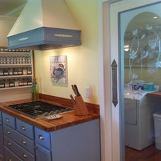 Customer Photo Gallery: Unfinished Kitchen Cabinets