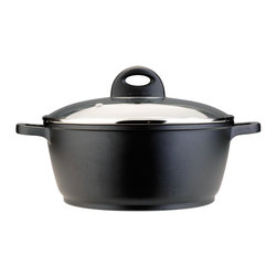 Berghoff - Berghoff Cook & Co Cast Covered Stockpot 6.3-Quart - 6.3 Qt covered stockpot. Body is made of cast aluminum for fast and even heat distribution. Paired with a ceramic non-stick coating, this cookware makes preparing your favorite dishes a breeze.