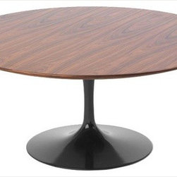 Knoll - Knoll | Saarinen Round Coffee Table - Design by Eero Saarinen, 1956.
