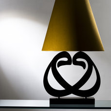 Modern Table Lamps by ANNA FRESKO INTERIORS