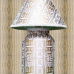 White Prudence - TEDDEEZtm African Print lamp is beautiful combination of white with gold print. The Adinkra Symbol of the crocodile is called odenkyem(represents adaptability and prudence.