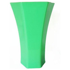 Contemporary Vases by jenlyfavors