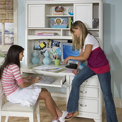 Legacy Classic Kids - Legacy Classic Kids Park City Desk with Hutch in White - Legacy Classic Kids Park City Desk with Hutch in White