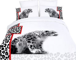 Dolce Mela - Safari Themed Luxury Duvet Covet Set Dolce Mela DM431, Queen - Give a stylish makeover to your bedroom with this animal themed bedding featuring white cheetahs on a modern black and white setting with red stripe accents.