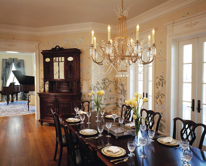 Traditional Dining Room by Glave & Holmes Architecture