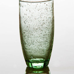 Tutti Fruitti Light Green Tumbler - Playful bubbles dance upon the entirity of the Tutti Frutti collection in a fun yet elegant manner. Perfect for everyday use in shades of light blue or light green, serve your guests sweet tea in a whimsical glass that blends well different styles of dishware.