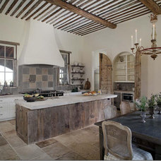 Traditional Kitchen by Kevin L Harris, Architect LLC