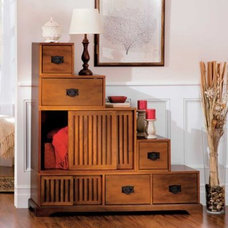 Reversible Tansu Step Chest