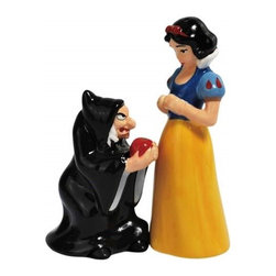 Westland - Snow White and Evil Queen with Poison Apple Salt and Pepper Shakers - This gorgeous Snow White and Evil Queen with Poison Apple Salt and Pepper Shakers has the finest details and highest quality you will find anywhere! Snow White and Evil Queen with Poison Apple Salt and Pepper Shakers is truly remarkable.