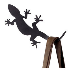 Moder Black Metal Gecko Rack - The gecko is considered a sign of good luck.